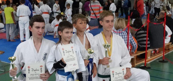 II Ogólnopolski Turniej Karate Kyokushin Dzieci i Młodzieży w Stąporkowie-09.2015